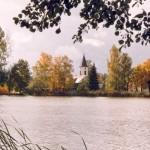 Koselitzer Teiche mit Kirche